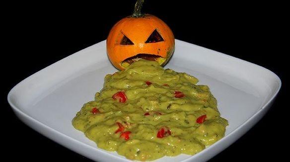 Guacamole D Halloween Entrees Recettes De Cuisine Gulli