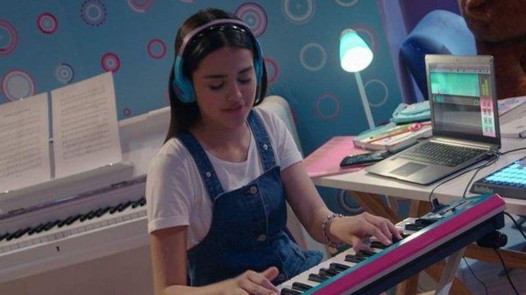 Kally's Mashup la voix de la pop La fille mystérieuse